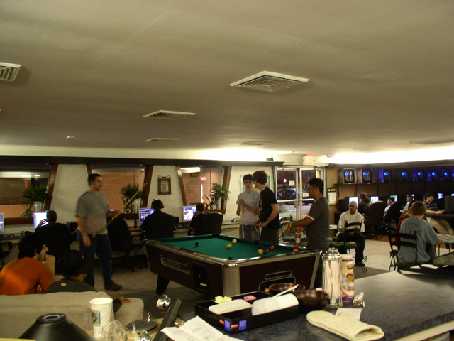 lan gaming cafe sydney - photo#16